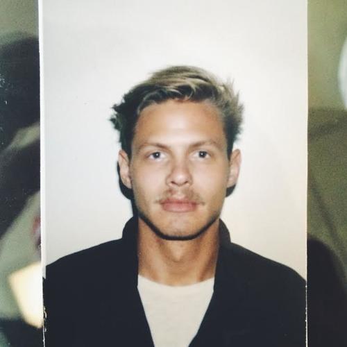 Mason Wiederhorn's avatar
