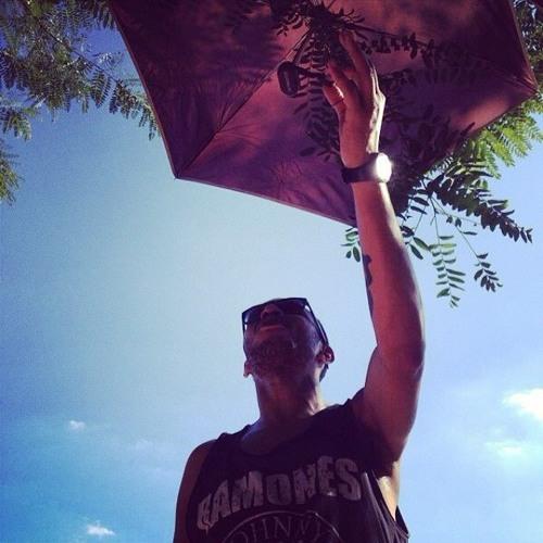 Caio Bernardo's avatar