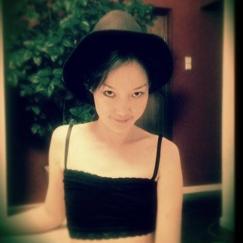 Iveel Justine's avatar