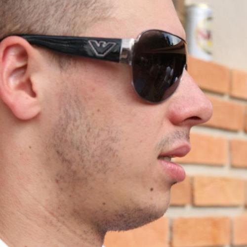Danilo Aguiar 2's avatar