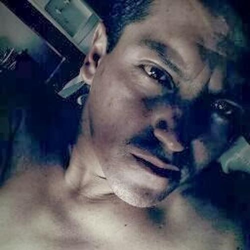 Carlos Carpio 13's avatar