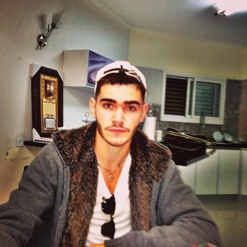 Elroey Argaman's avatar