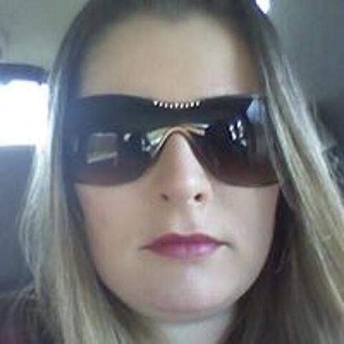 Erika Vaz de Oliveira's avatar