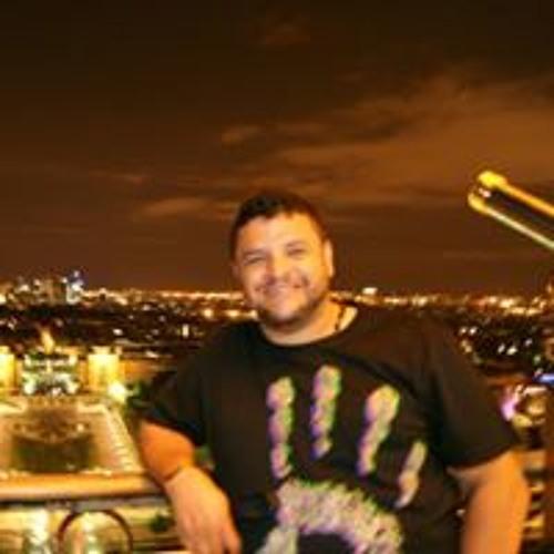 Fernando Adolfo Henao's avatar