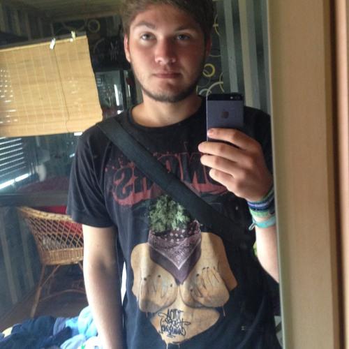 Justin Thäle's avatar
