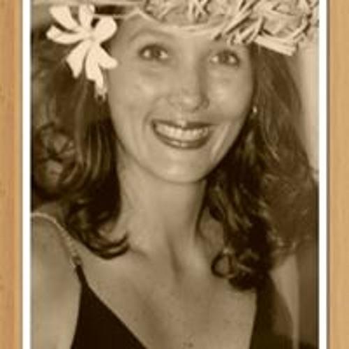 Layna Manaore's avatar
