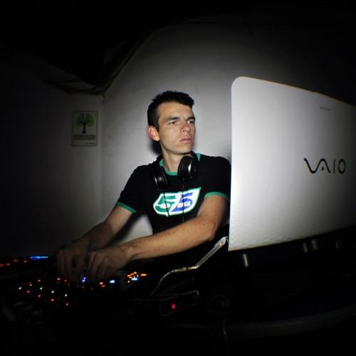 David Sanchez Gaviria's avatar