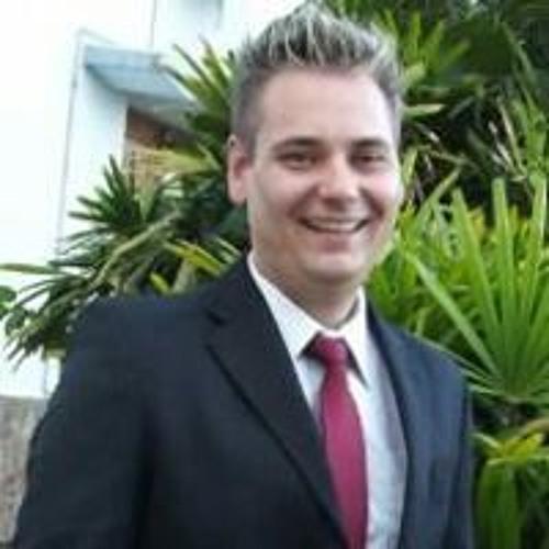 Luciano Spaniol's avatar