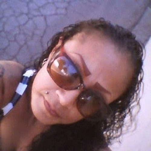 Gloria Barraza (lil mama)'s avatar