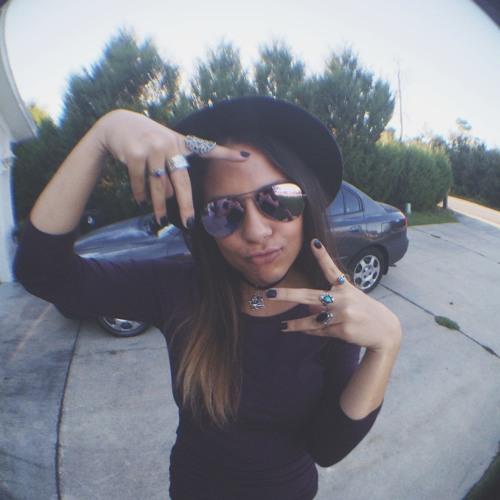 Adrianna Chotos's avatar