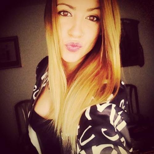 MariaAlmeda's avatar