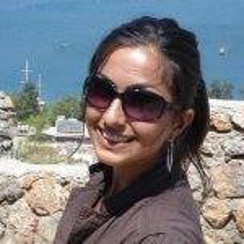 Gulnur Subasi Tashi's avatar