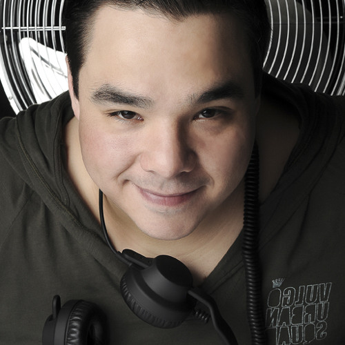 DJ DANNA's avatar
