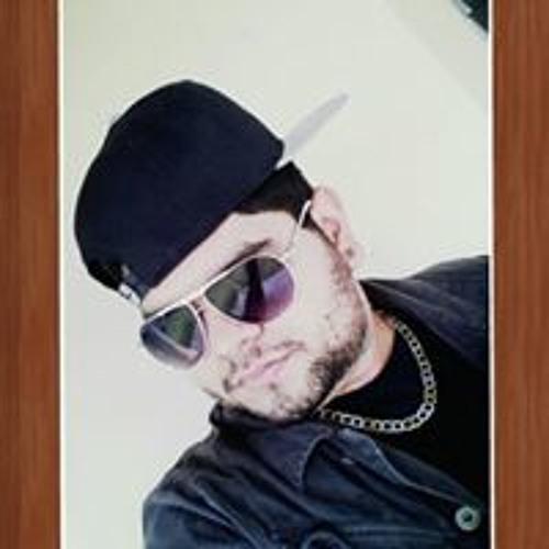 Rob Crowley L's avatar