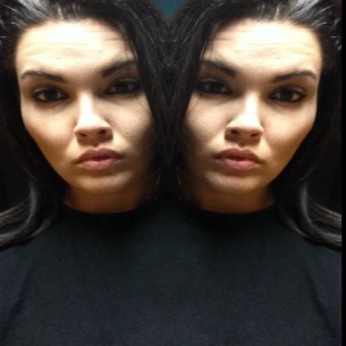 Ana Stacia's avatar