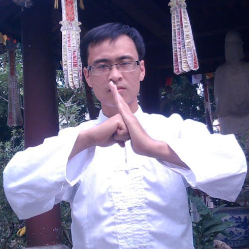 Vuong Pham 12's avatar