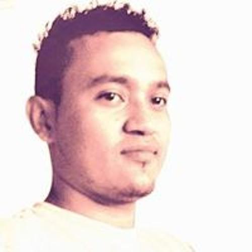 Khenan Marley Bernal's avatar