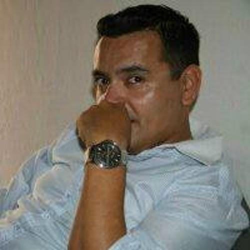 Carlos Balderas Esquivel's avatar