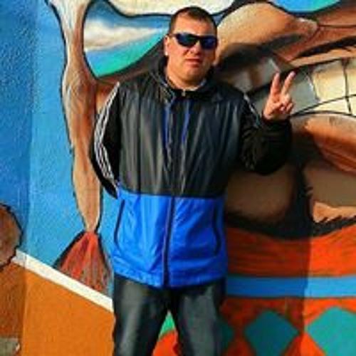Luis Machuca Campos's avatar