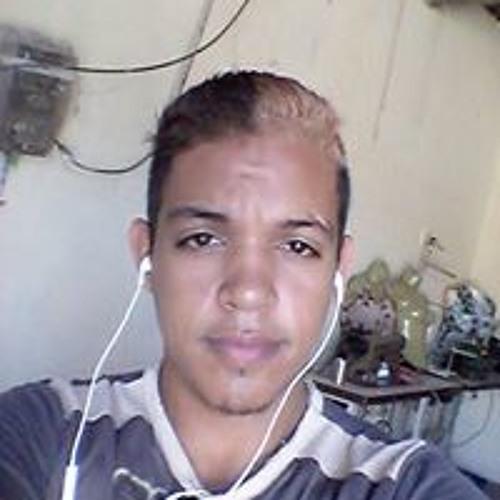 Moises Menezes's avatar