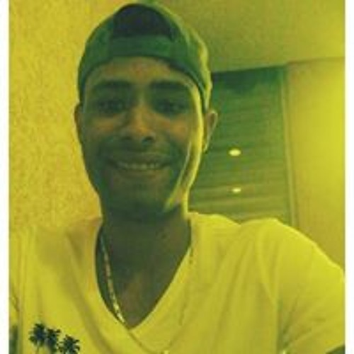 Fabio Alexandre Santos's avatar
