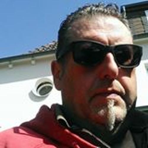 Charly Oss's avatar