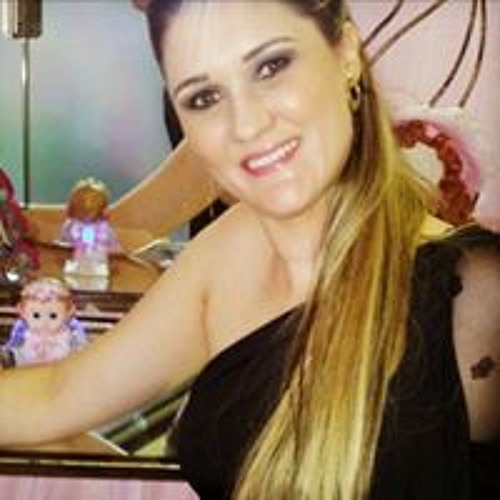 Maria Carolina Lemos's avatar