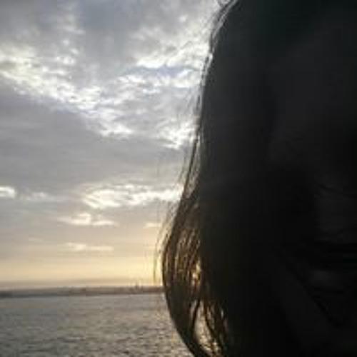 Valerie Manfredi's avatar