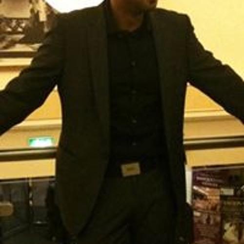 Waqar Hussain's avatar