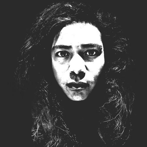 Daniel Tuladhar's avatar