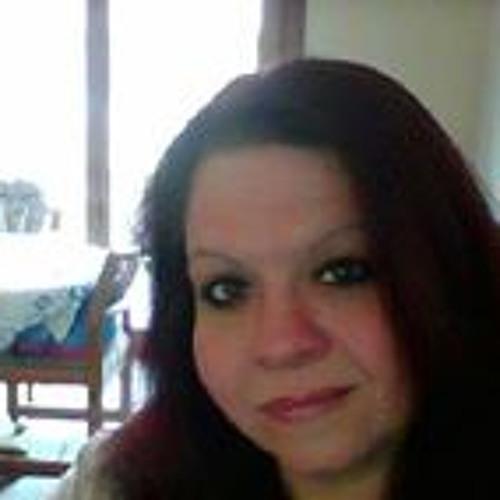 Rosie Lewis's avatar