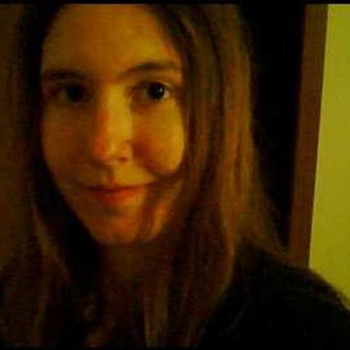 Julie McDonald's avatar