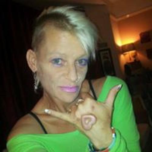 Kim Arnold's avatar