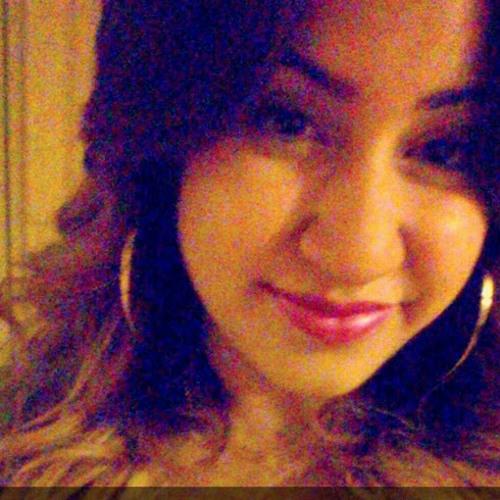 Marina Ortiz's avatar