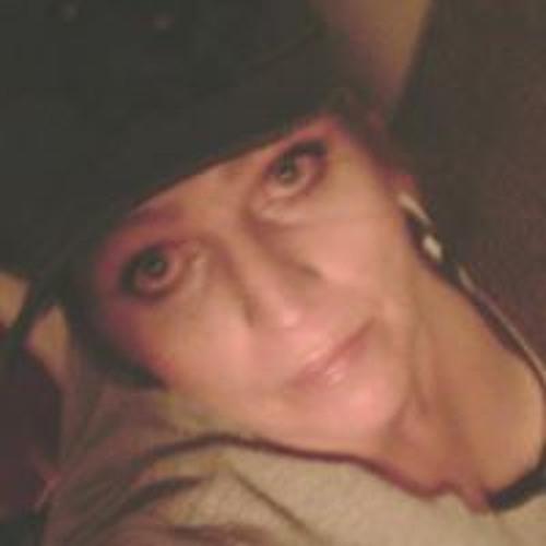 Cindy James's avatar