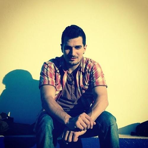 Elias Kourtparasidis's avatar