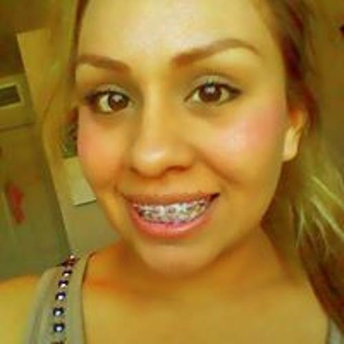 Abril Rios's avatar