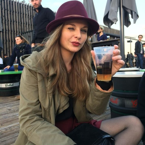 Lucie Latallerie's avatar