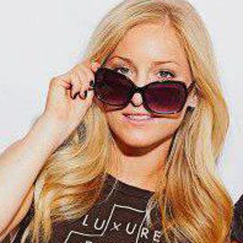 Liz Medlicott's avatar