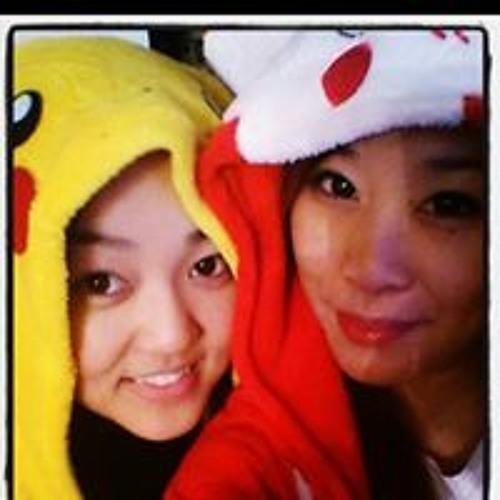 Louise Wong's avatar