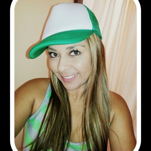 Ingrid Rojas's avatar