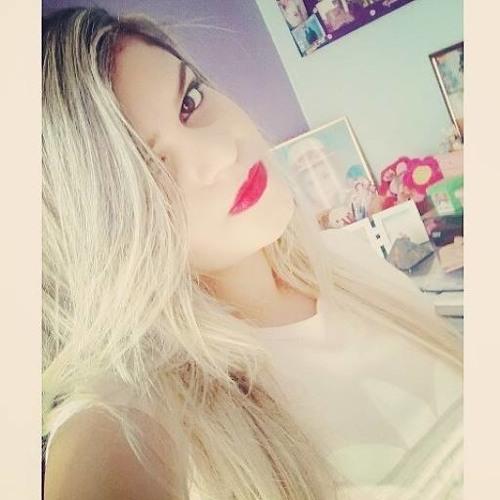 Suellen Vaz's avatar