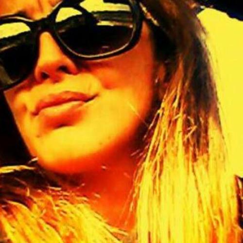 Wild Rose Vs Rosinha's avatar