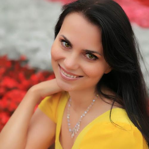Olia Pevica's avatar