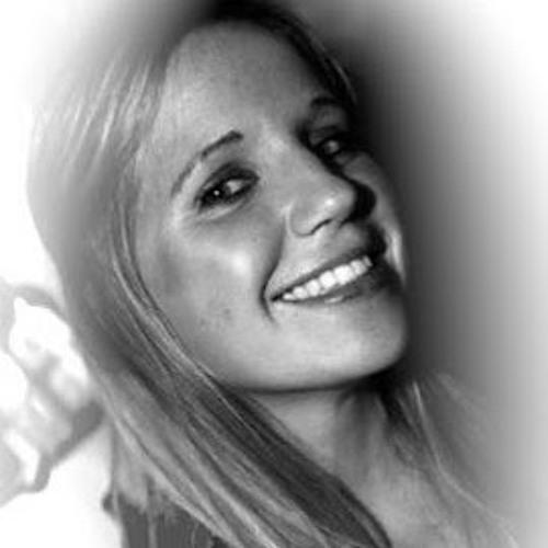 Erika Ribu's avatar
