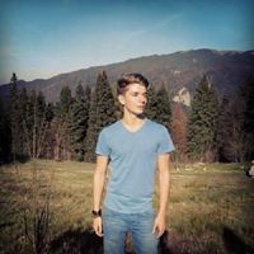 Andrei Bires's avatar