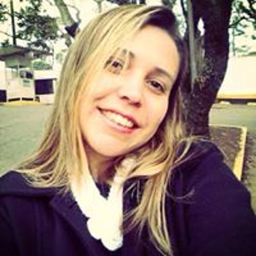 Kelly Pimenta's avatar