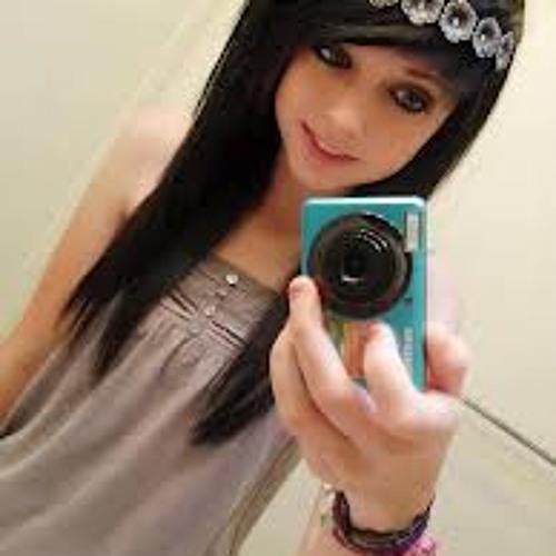 Zahida Majeed's avatar