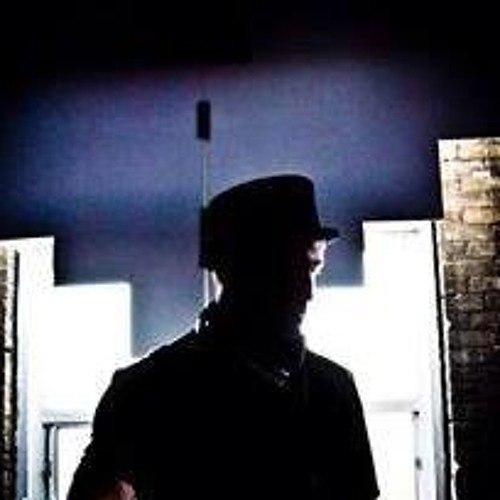 Ryan Lamont (RyLL)'s avatar