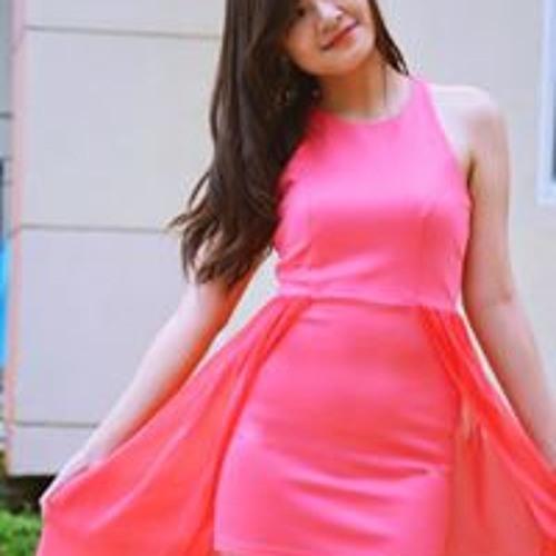 Nicole Dizon's avatar